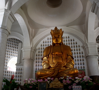 Grand Statue of Lord Buddha